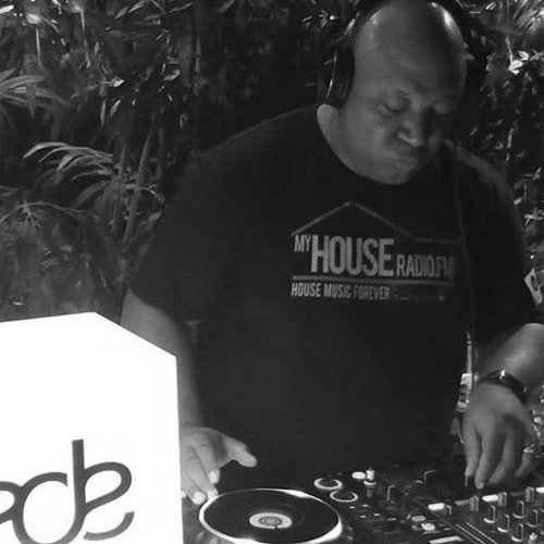 "James ""Mr. Realistic"" Hall – The Realist House Sessions (CT, USA)"